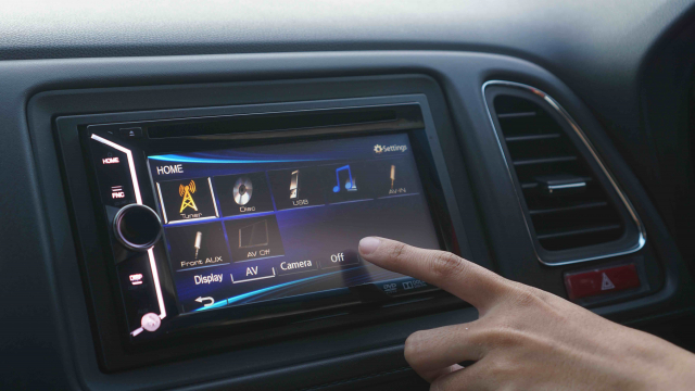 how car stereo systems work