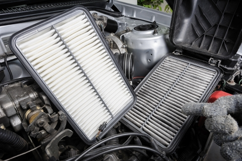 How to inspect a vehicle: check air filter condition