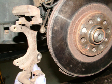 How to change a brake caliper: step 02