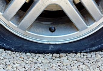 What to do when you have a flat tyre