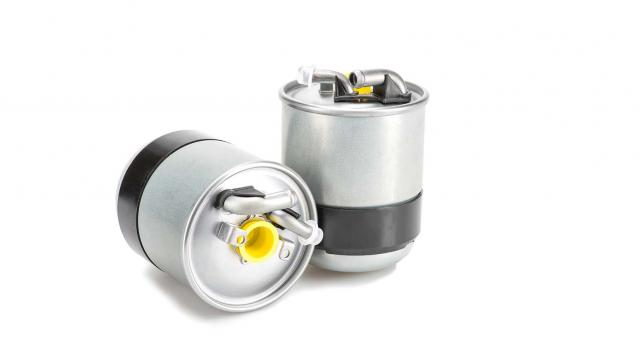 What is a fuel filter (and what does it do)?
