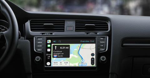 What apps does CarPlay support?