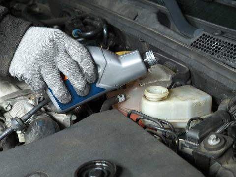 How (and when) to change your brake fluid