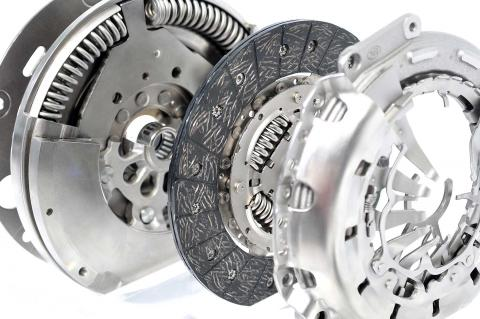 What is a dual mass flywheel (and what does it do)? | Haynes