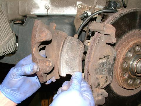 What Are The Symptoms Of A Seized Brake Caliper