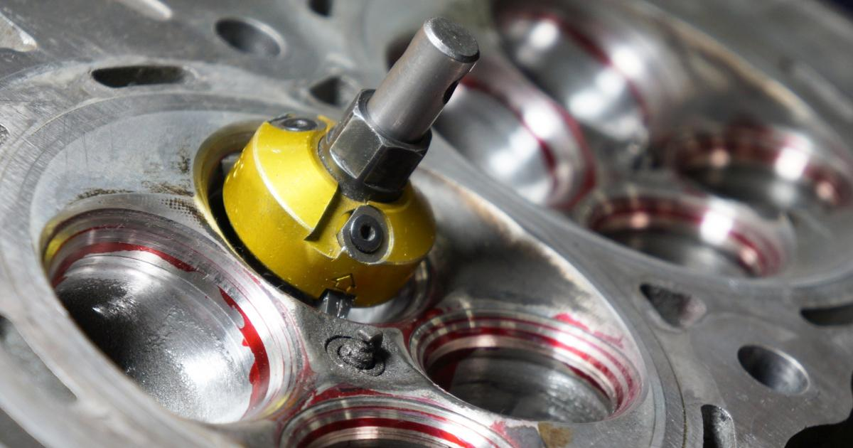 What is cylinder head porting and polishing? | Haynes Publishing