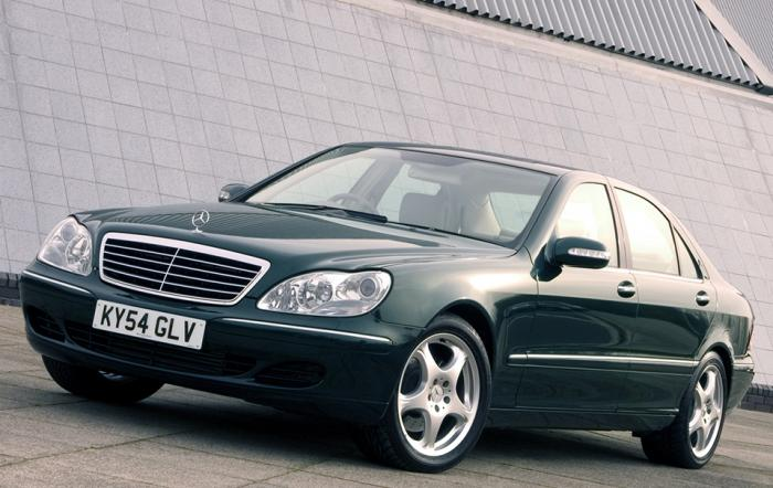 02 Mercedes S Class (W220)