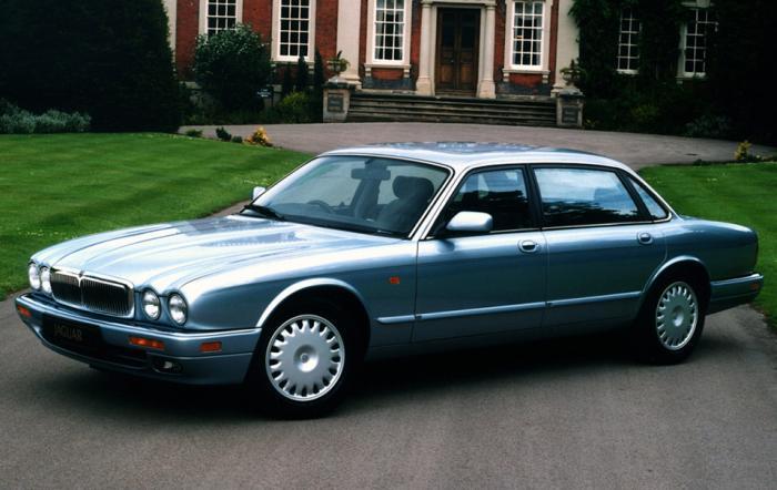 08 Jaguar XJ (X300)
