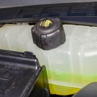 Checking coolant level Pontiac Sunfire 1995 - 2005 Petrol 2.3