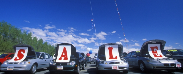 Used Car Lot >> How To Buy A Used Car From A Dealer Haynes Manuals