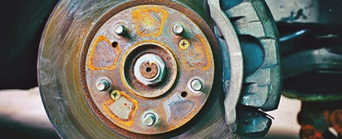 disc brake rotor and caliper with rust