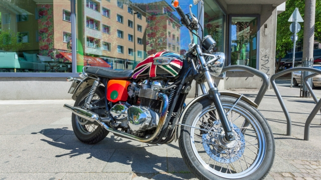 Customized Triumph New Bonneville