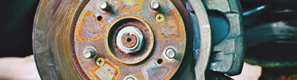 rust brake rotor and caliper
