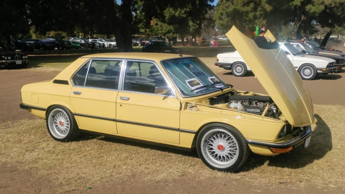 Early BMW E12 5-series