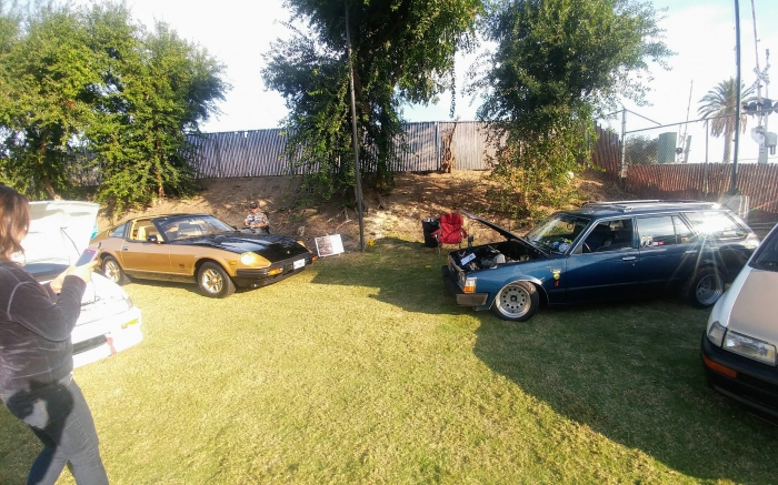 Black Gold Nissan 280ZX and Toyota Corolla Wagon