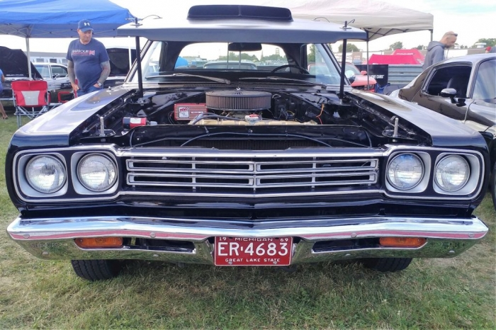 Plymouth Road Runner 2