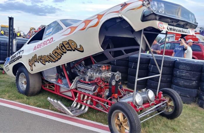 Super Challenger Funny Car 1
