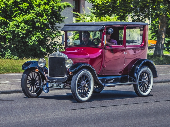 Later Ford Model T Tudor Sedan kept passengers out of the weather, but still only had 20 hp and two speeds